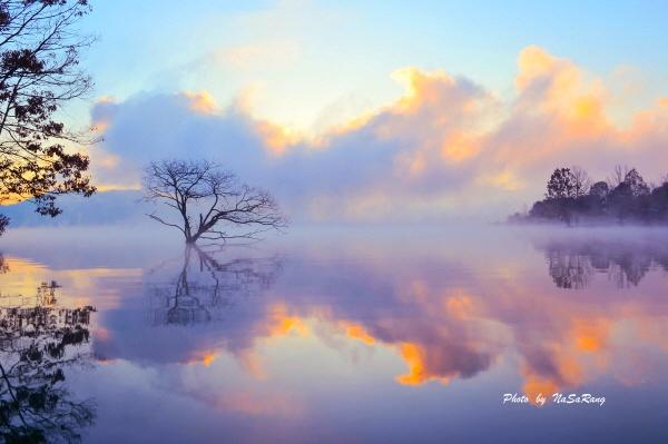 호수의아침