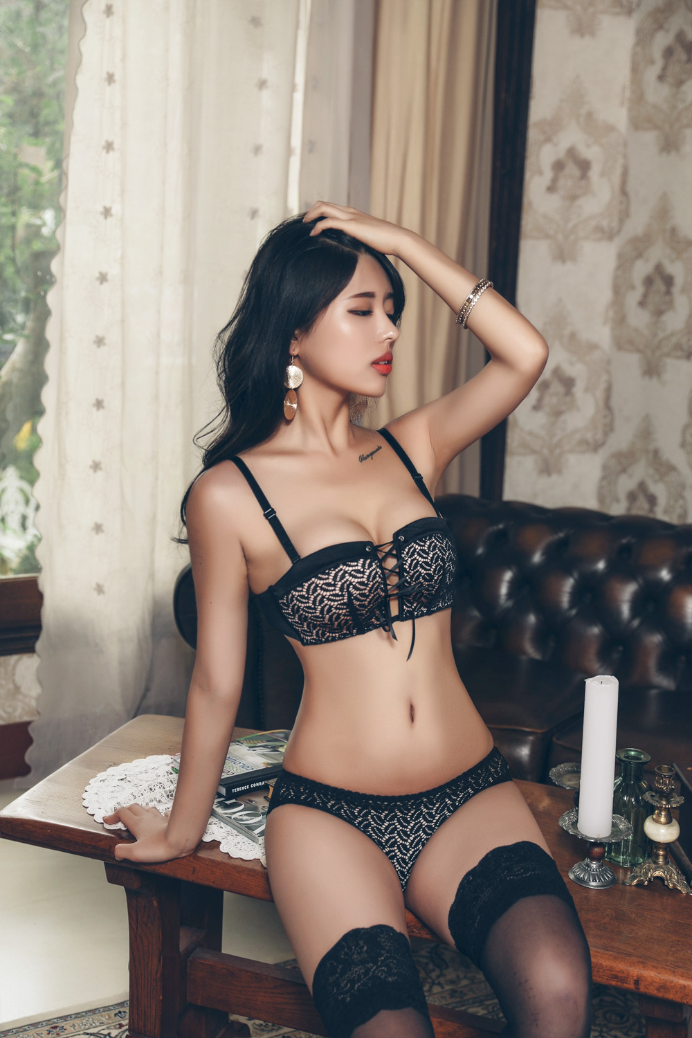 gorgeous Korean lingerie model - I like